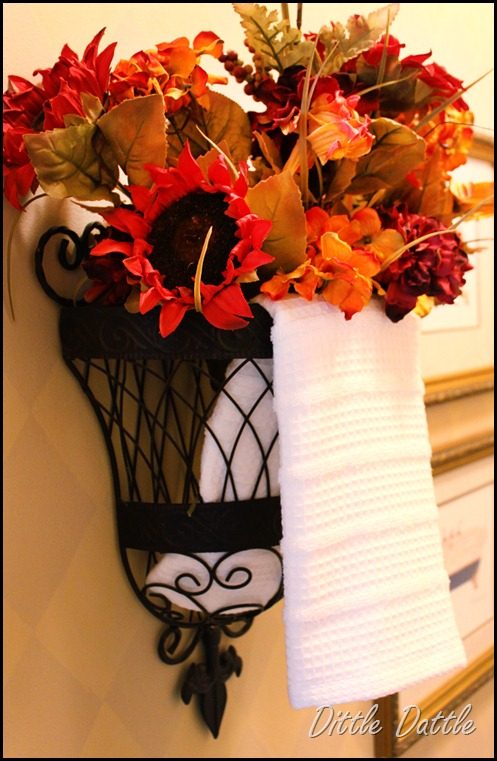 Fall-Details-in-the-bathroom