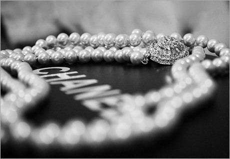 chanel-jewellery-jewelry-necklace-pearls-Favim.com-156006_thumb[4]