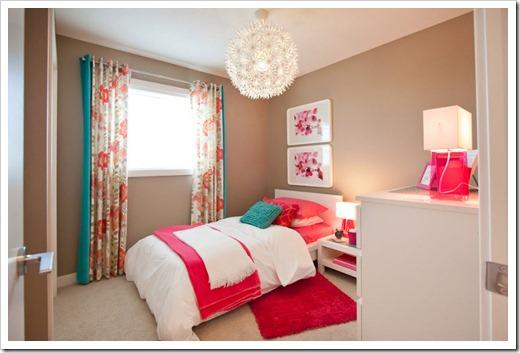 Ruang Tidur Penuh Warna Yang Menenangkan 5