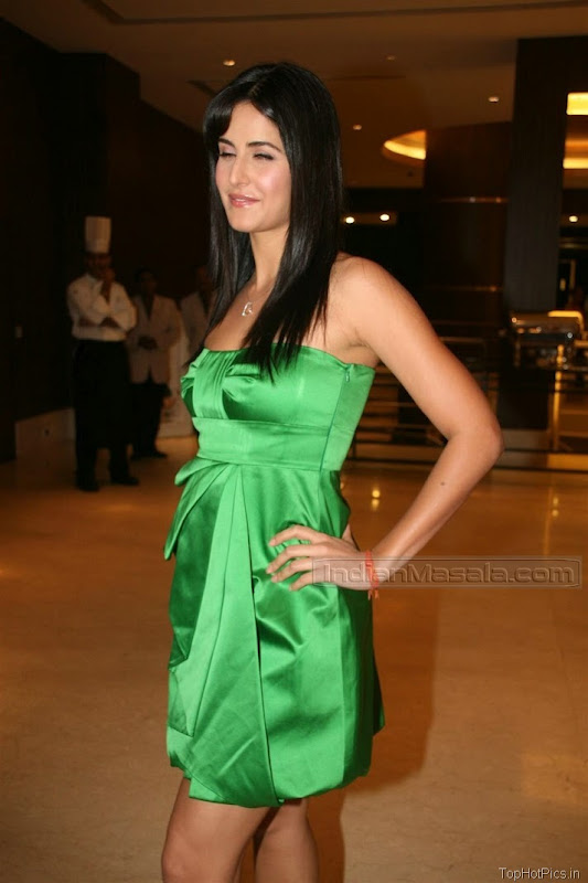 Katrina Kaif Beautiful Photos in Short Green Dress 11