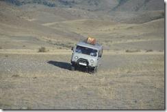 08-27 mongolie 132 800X fourgon en hors piste