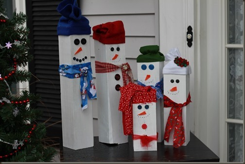 DIY wooden snowmen figures