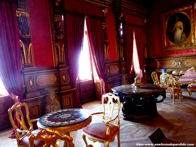 salon-del-castillo.JPG