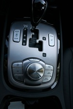 vrt-1470-2012-hyundai-genesis-sedan_pb_005-1470