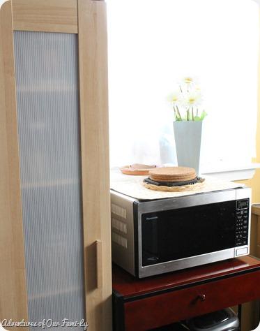kitchen organization microwave area