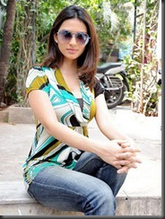 Gowri-Pandit_glamour stills