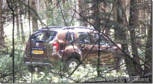 Dacia Duster 4x4 Caravantrekker 03