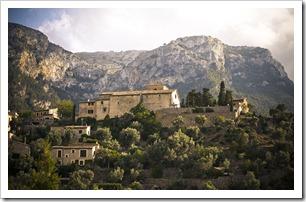 Mallorca-Deia-a25631909