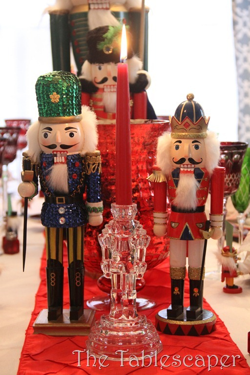 Nutcracker Table 064