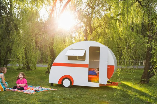 Caravan Cubbies for children
