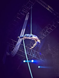 water circus show