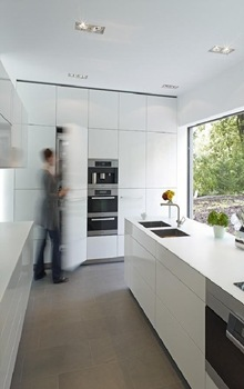 cocina-minimalista-blanca-casa-Puristische