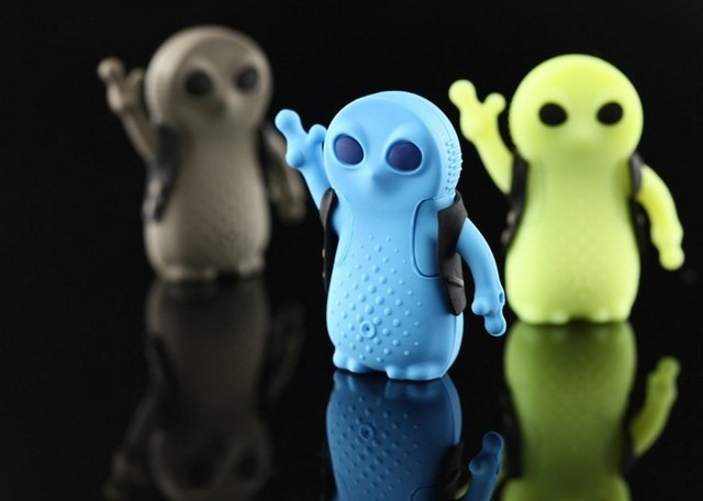 Alien USB flash drive 1