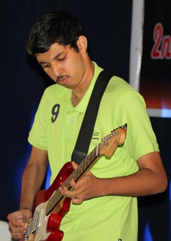 Samar impersonating a guitarist sucessfully