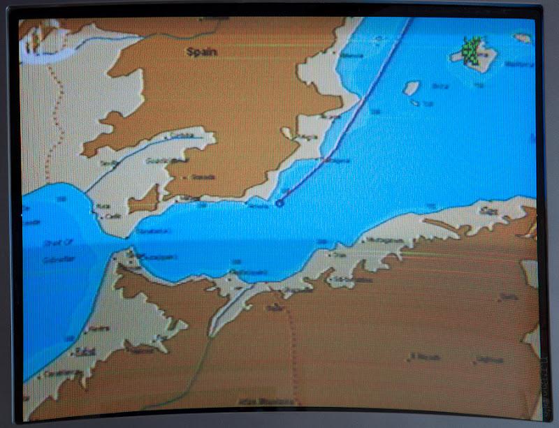 Первый день в круизе на Costa Concordia. Информационный канал в каюте. Показан наш путь от предыдущего порта.