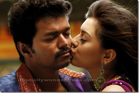 Vijay,Hansika Velayutham movie stills 6