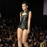 Philippine Fashion Week Spring Summer 2013 Parisian (56).JPG
