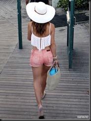 maria-menounos-white-bikini-20-675x900