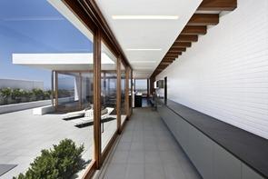 Diseño-minimalista-Casa-Harborview-Hills-Laidlaw-Schultz