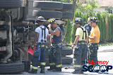 Overturned Truck On Paiken Drive In Spring Valley (Moshe Lichtenstein) - IMG_4477.JPG