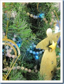 20111210_christmas-decs_015