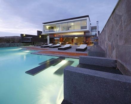 piscina-paisajismo-muebles-de-jardin