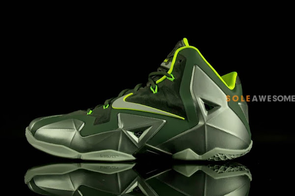 First Look at Nike LeBron XI Dunkman in Men8217s Version