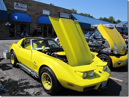 YellowcorvetteatJJ's08-25-13a