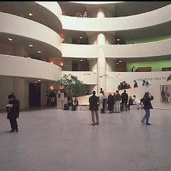 28.- F. Lloyd Wright. Museo Guggenheim (Nueva York)