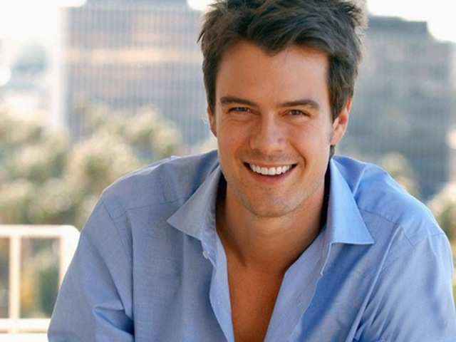 josh_duhamel-the_romantics-6