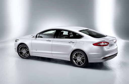 2013-Ford-Mondeo-06.jpg