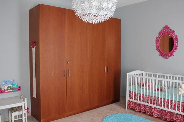 nursery closet 6