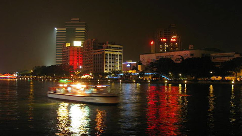 Love River : Thames of Taiwan
