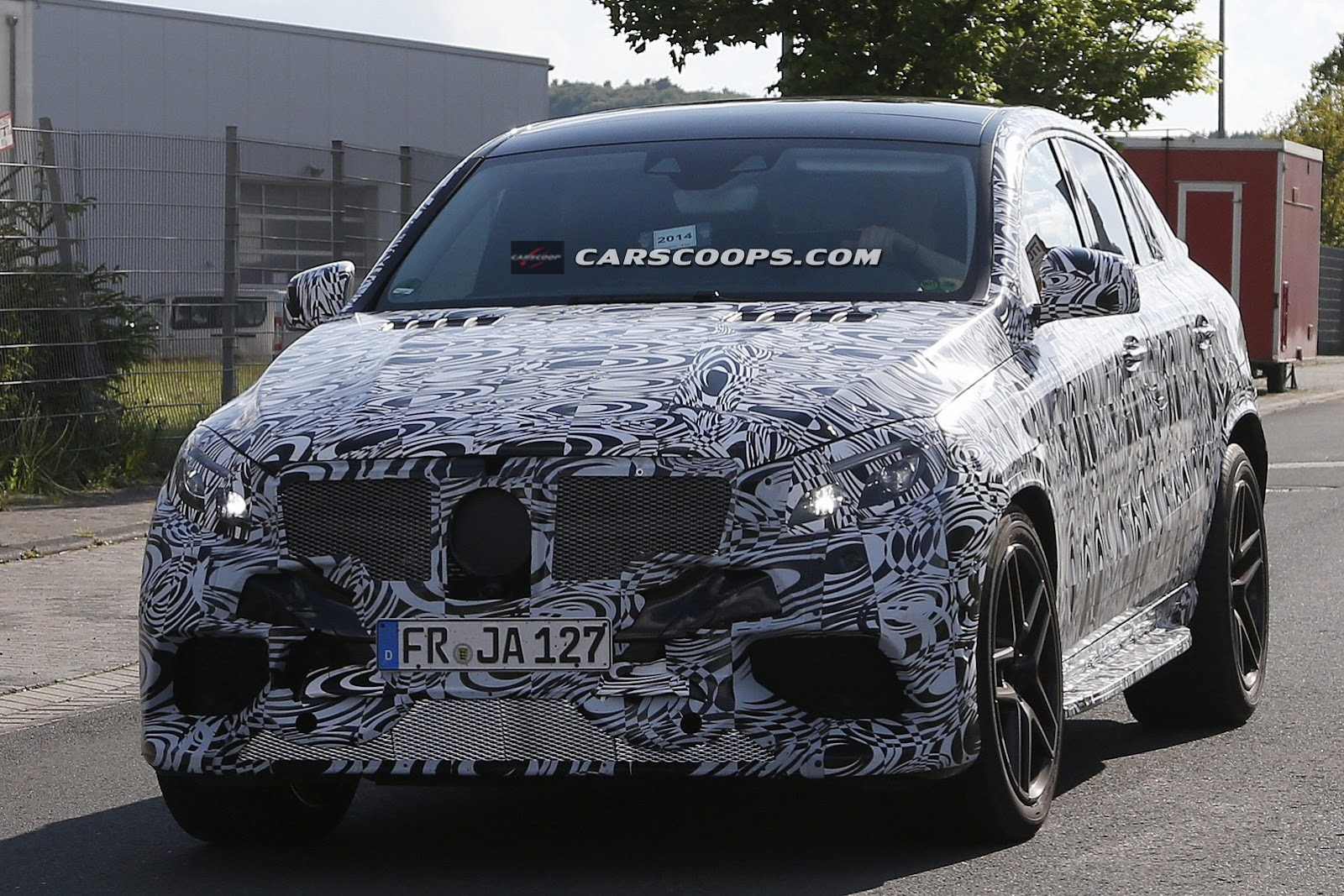 2015 - [Mercedes] GLE Coupé [C292] - Page 4 Mercedes-MLC-63-AMG-5%25255B3%25255D