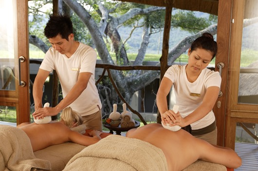 Thai-poultice-Massage