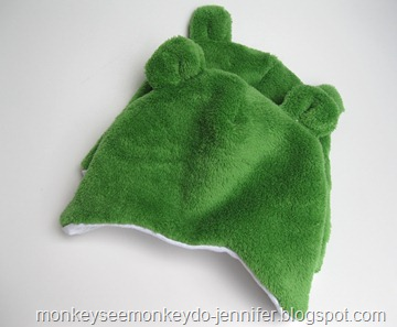 fleece and fuzzy hats with bear ears (7)