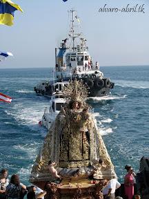 procesion-carmen-coronada-de-malaga-2012-alvaro-abril-maritima-terretres-y-besapie-(61).jpg
