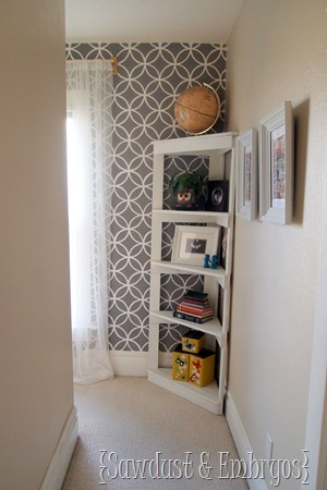 Chicken Wire Corner Shelf