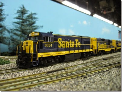 IMG_5398 Atchison, Topeka & Santa Fe U30B #6324 on the LK&R HO-Scale Layout at the WGH Show in Portland, OR on February 17, 2007