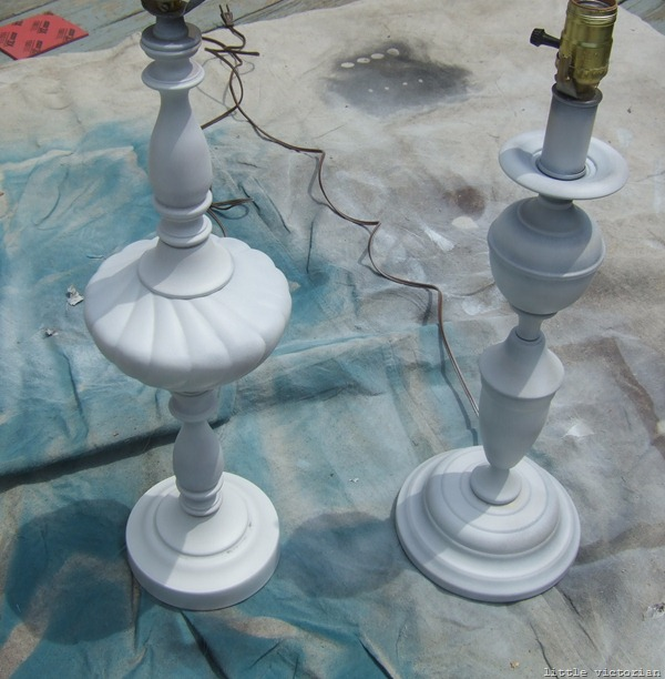 How to spray paint lamps (Little Victorian)