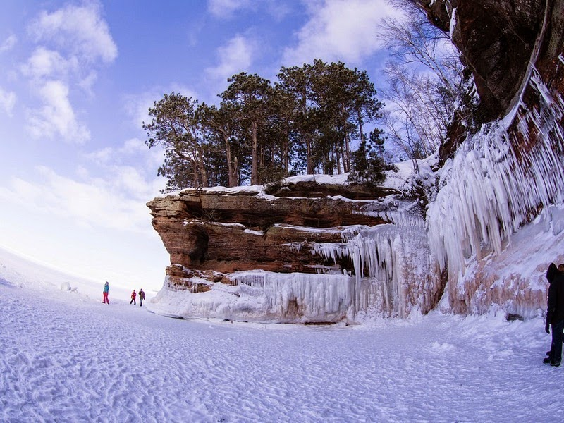 lake-superior-ice-cave-8