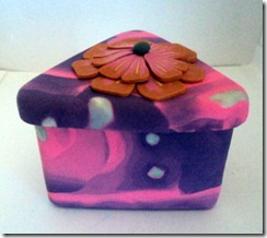 10 pink and purple triangle box side view
