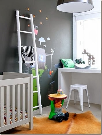 animal-toys-nursery-room