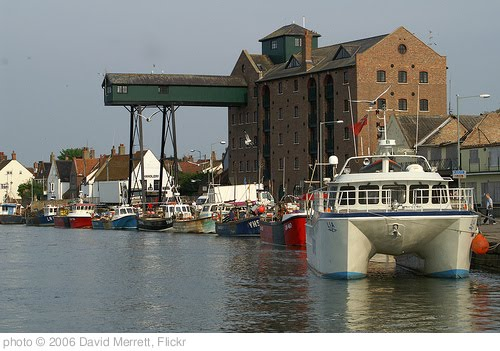 'Wells-next-the-Sea Harbour' photo (c) 2006, David Merrett - license: http://creativecommons.org/licenses/by/2.0/