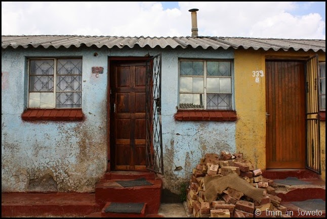 Mzimhlophe Hostel - front door