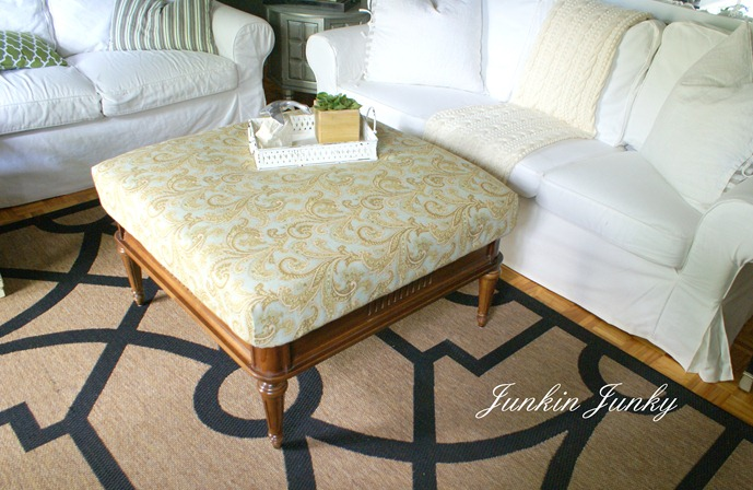 Coffee table becomes an ottoman at JunkinJunky.blogspot.com