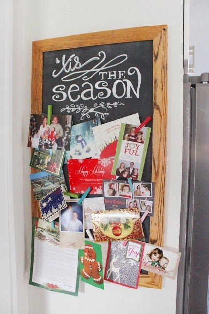 DIY-Magetic-Chalkboard-with-Christmas-Cards