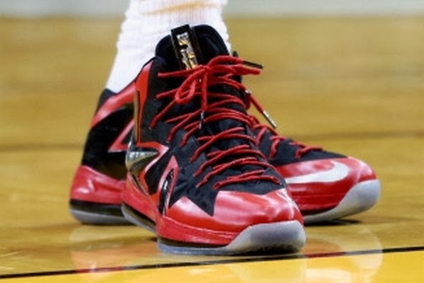 James Isn8217t Wearing the Nike LeBron 11 But It8217s a Hot Seller