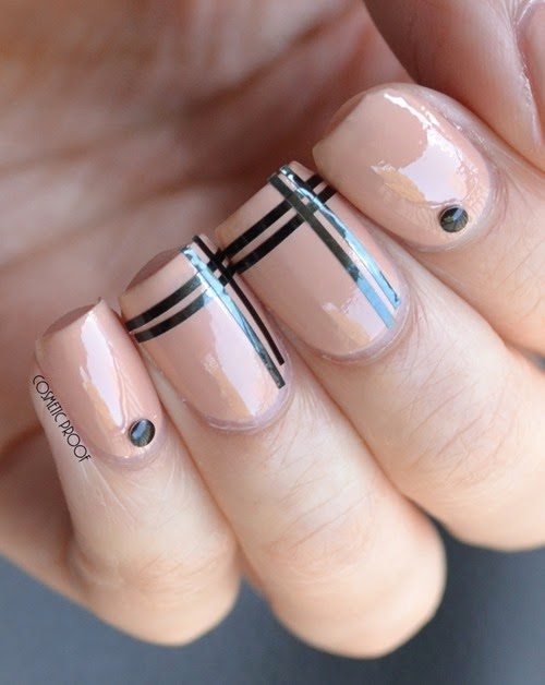 Red Carpet Nude Manicure Nail Art with Sothy Paris Nail Vernis in Beige (5)