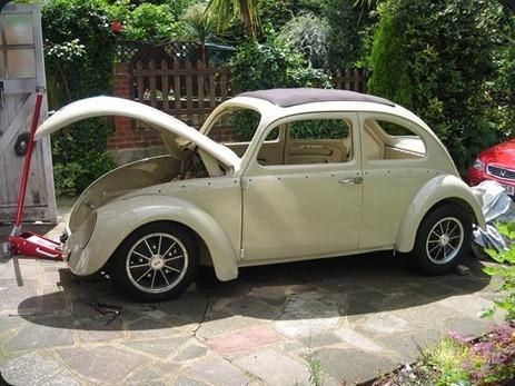 11117-000000982-eb73_VW-Beetle-Ragtop-003